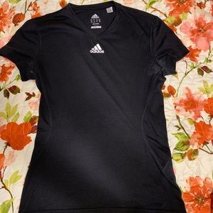 Athletic shirt